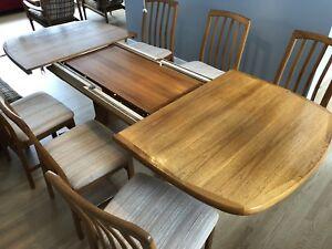 Mid Century Danish Modern Teak dining table chairs set of 6