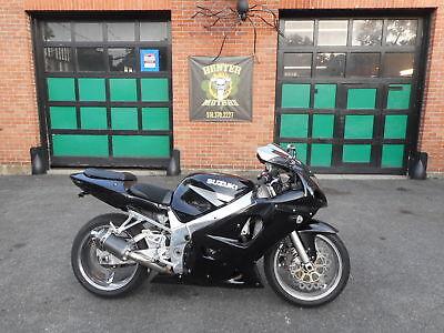 2003 Suzuki GSX-R  2003 SUZUKI GSXR 600 SPORT BIKE  FUEL INJECTED POLISHED FRAME CHROME RIMS NICE