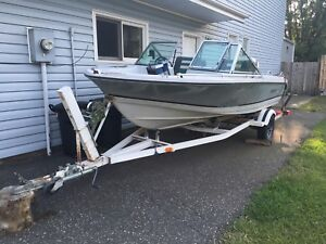 15.5 ft Rinker with 90 Johnson and trailer