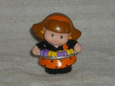 Fisher Price Little People Halloween Trick or Treat Mom Girl Candy Tray Rare
