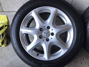 Mercedes 17inch rims with tires
