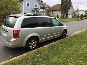 Dodge caravan stow and go