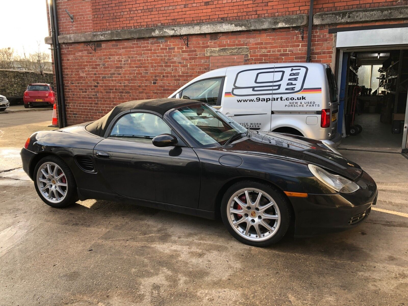 2002 Porsche 986 Boxster S Breaking For Wheel Bolt - GT3 Wheels Sport Seats