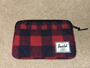 Herschel tablet / laptop case 12""