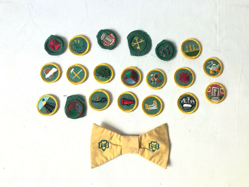 Vintage Girl Scout Junior 1960s Lot, 20 Badges, Bow Tie Pin