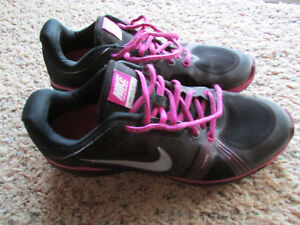 NIKE MOVE FIT FLYWIRE RUNNING SHOES SNEAKERS SHOES WOMENS 9.5 #469770 FREE SHIP