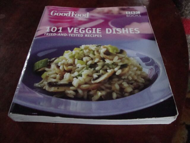 GOOD FOOD: 101 VEGGIE DISHES by Orlando Murrin (Paperback)