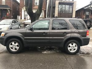 2006 Ford Escape XLT 138 000 km AS IS $2400 OBO