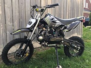 BRAND NEW UNITS!! 125-M DIRTBIKE! 4 SPEED MANUAL $800
