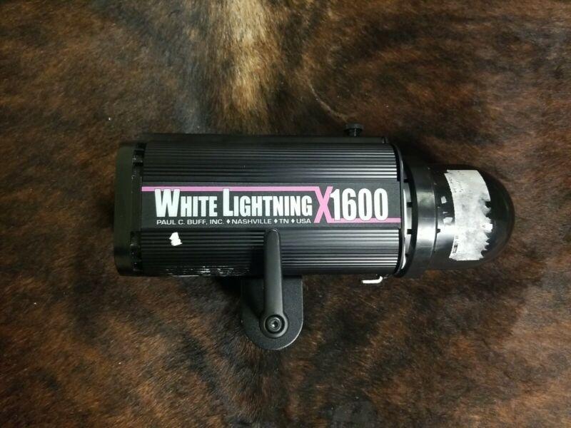 White Lightning X1600 Monolight Studio Flash