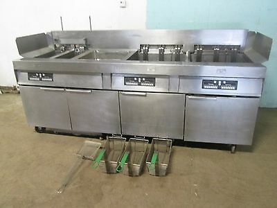 """FRYMASTER"" HD COMMERCIAL 4 BANKS ELECTRIC FRYERS w/AUTO LIFT & FILTRATION UNIT"