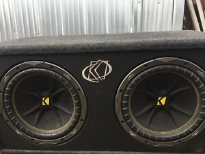 Kicker subs and amp