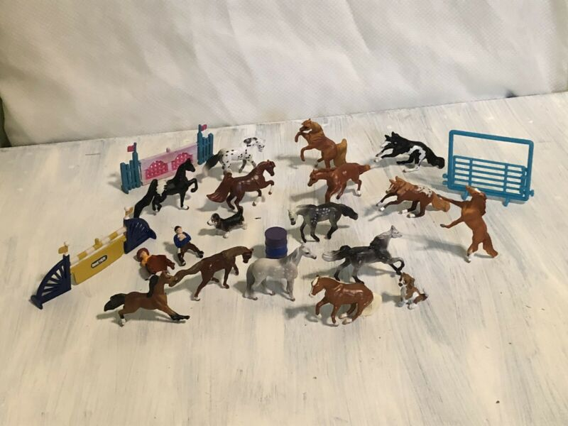 Breyer Mini Whinnies Horses Lot of 14 Plus 3 Dogs, 2 Riders