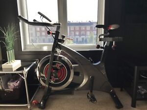 Vélo stationnaire - Gymnetic cycle MX3