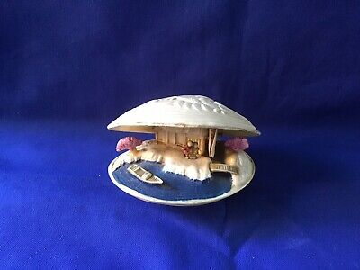 Decorative Shell With Chinese Scene Inside