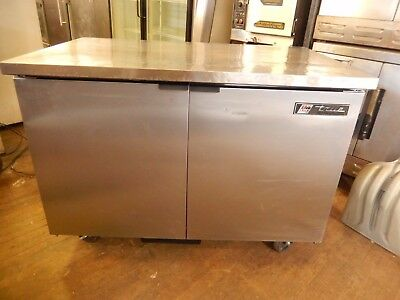 Undercounter Refrigerator By True Model Tuc-48 In Excellent Condition