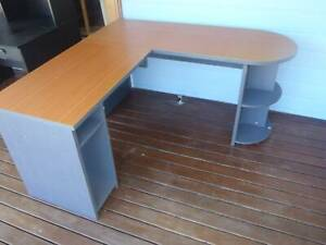 Free Desks