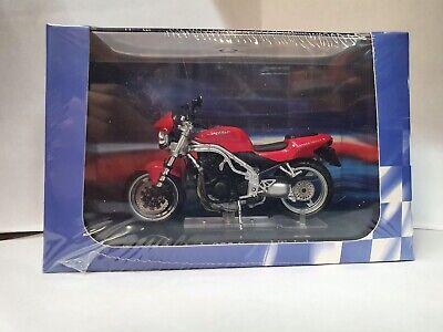 1:24 Scale Model Triumph 955 Speed Triple Red Motorbike Superbike Diecast Atlas