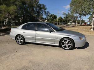 HOLDEN COMMODORE VY SEDAN 2002