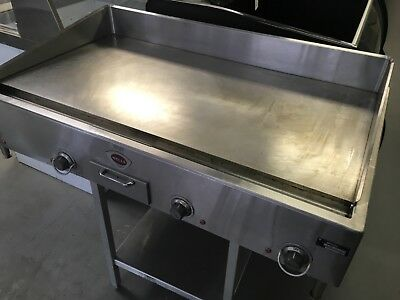 Wells G-24 Commercial Electric Countertop Griddle