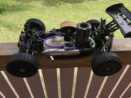 Hobao hyper 7 nitro rc car 21 , near new! Make offer!