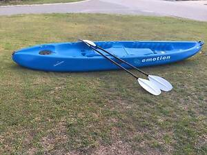 Nearly Brand New Kayak with 2 Paddle Riverton Canning Area Preview