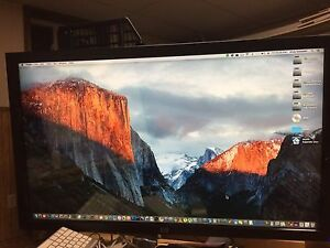 HP 42 inch 1080p monitor with HDMI