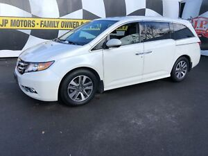 2015 Honda Odyssey Touring, Navigation, Leather, 3rd Row Seating