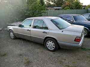 Mercedes Benz W124 1994 E280 78,000km Damaged Bendigo Bendigo City Preview