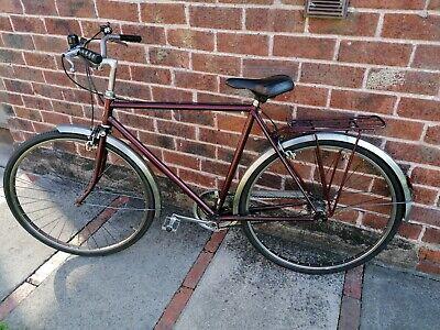vintage/retro gents Raleigh Town/City bike 3 speed.