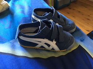 Tiger shoes $10 Emu Heights Penrith Area Preview