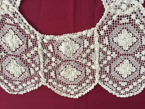 Vintage Antique Embroidered Filet Lace hand made Collar