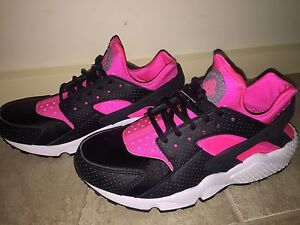 Nike Womens Air Huarache Run Size 9 Narre Warren Casey Area Preview