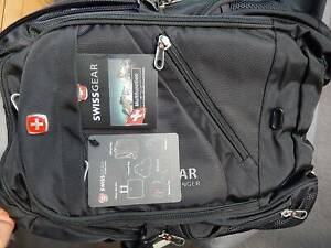 ec7131c3b011 swiss backpack