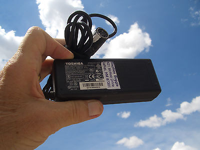 //c  LAPTOP-STYLE POWER SUPPLY FOR APPLE IIC;  75watts   5A   DC15v  $18.00 +S/H