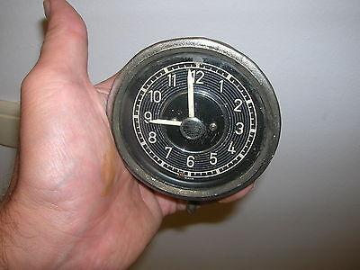 50er Jahre - Isgus / Jsgus Autouhr zum aufziehen 80mm Einbaudurchmesser