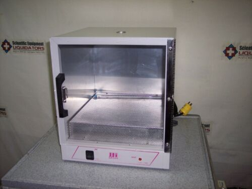 Barnstead/LabLine 125 Incubator
