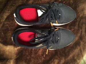 Selling 2 pairs of new balance shoes great condition