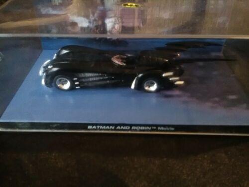 Batman+car.+Batman+and+Robin+mobile+car+1%2F43+display+case
