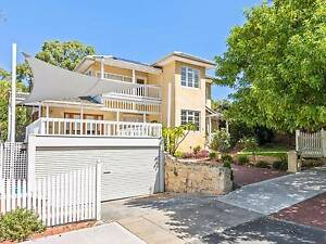 Super Sized Family Home - Magic South City Location City Beach Cambridge Area Preview