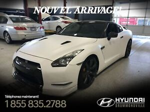 NISSAN GT-R AWD + 700HP + CARBONE + MAGS + ULTRA RARE + WOW !!