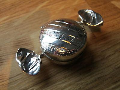 Gorgeous Birmingham Hallmarked Sterling Silver Sweet Shaped Love Box Snuff Pill