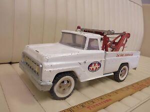 1967-TONKA-AA-Auto-Wrecker-Tow-Truck-Pressed-Steel-Toy-ORIGINAL