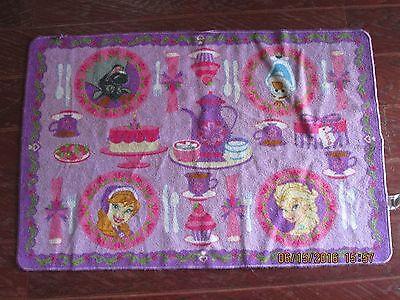Disney FROZEN Anna' s Tea Party RUG PINK Olaf Elsa Sven  ()