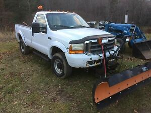 Ford F-250 Arctic 8ft plow