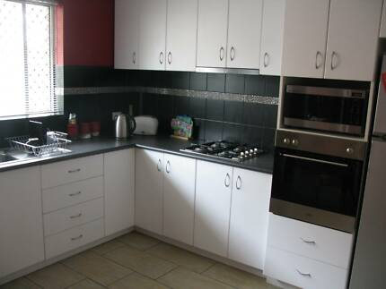Fully Furnished - Stylish, Self-Contained Villa. 5kms from city. Osborne Park Stirling Area Preview