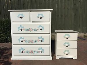 Beautiful vintage White Chest Of Drawers Tallboy  matching Bedside Watsonia Banyule Area Preview