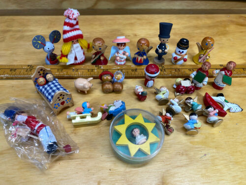 Vtg Wood Christmas Ornaments Mixed Lot Angels Santa Erzgebirge?