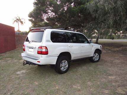 2005 Toyota LandCruiser Sahara