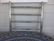 4 BAR HEATED TOWEL RAIL ATTRACTIVE CURVED DESIGN Stainless Steel Warwick Southern Downs Preview
